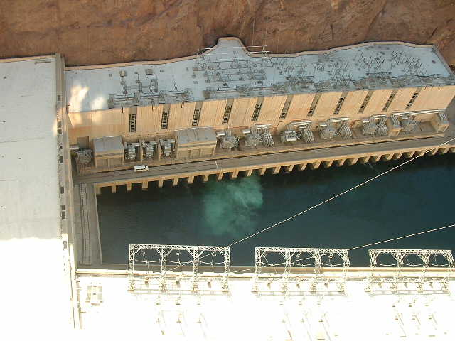 A pic of hoover dam power houses